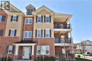 Immaculate & Stunning,2Beds,2Baths,276 LITTLEWOOD DR, Oakville