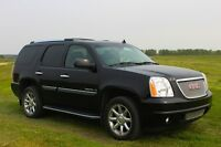 *SOLD* 2007 GMC Yukon Denali SUV, LOW KMs !!!
