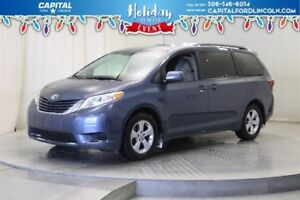 2017 Toyota Sienna **New Arrival**