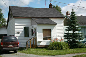 HOUSE AND GARAGES In Virginatown Ontario