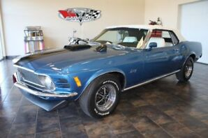 Fully Restored 1970 FORD Mustang Convertible
