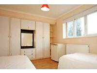 9 bedrooms in Huxley road 66, E105QU, London, United Kingdom