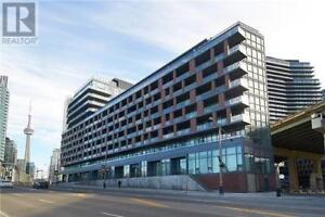 Spectacular 1Br 1Wr CondoUnit Prkng Lckr LowFee 169 FortYorkBlvd