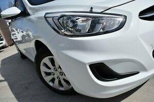 2015 Hyundai Accent RB3 MY16 Active White 6 Speed Constant Variable Hatchback Pennant Hills Hornsby Area Preview