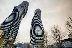 2 Bed / 2 Bath Condo Apt In The Heart Of Mississauga