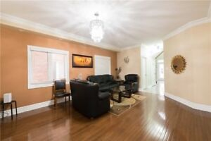 FABULOUS 4+1Bedroom Detached House @BRAMPTON $1,049,900 ONLY