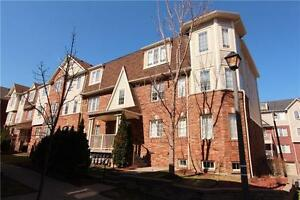 Sale! Sale! Sale! 2+1 Bed Mattamy Townhome In Cooksville