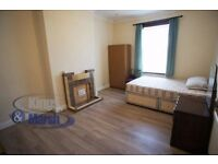 large furnished double room to let in Peckham situated 2 min from Queens Rd Train station