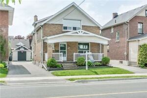 2-Storey House For Sale In North Oshawa!!