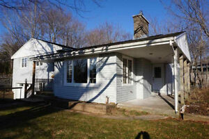 Spacious 4 bedroom house for sale/trade in Wedgewood Park