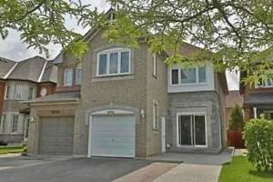 Gorgeous 4-BR Semi-Detached Property In An Unbeatable Location
