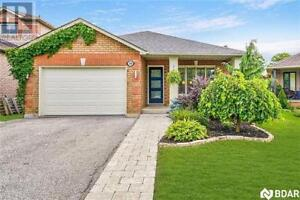 388 EMMS Drive Barrie, Ontario