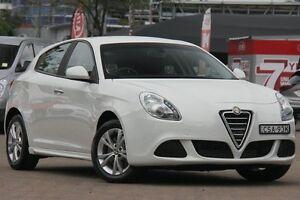 2014 Alfa Romeo Giulietta PROGRESSION 1.4 Progression 1.4 White 6 Speed Manual Hatchback Zetland Inner Sydney Preview