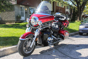 Yamaha Royal Star Venture - MINT/LOADED/LOW KM a real gem.