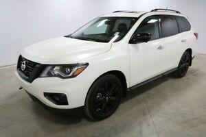 2018 Nissan Pathfinder 4X4 MIDNIGHT V6 Bluetooth, Heated Seats,