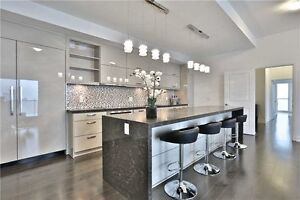 Yorkville Sky Palace w/Unobstructed Views-Many Upgrades!