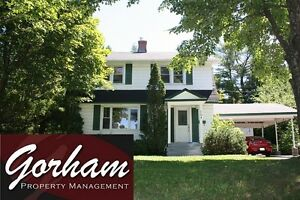 LARGE 6 BEDROOM HOUSE - MAY 1ST - UTILITIES INCLUDED