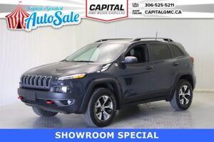 2016 Jeep Cherokee Trail hawk 4WD *Navigation-Heated Seats-Back