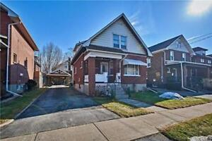 Great Little Detached 3Br Home In A Nice Neighborhood! @ Rowe St