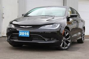 2016 Chrysler 200 S-FULLY LOADED+LEATHER+NAV+HEAT/COOLED SEATS
