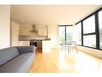2 bedroom flat in Comerford Road, Brockley