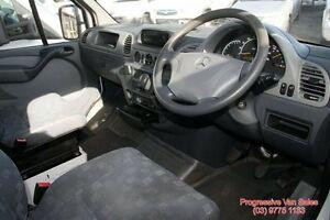 2005 Mercedes-Benz Sprinter REFIGERATED VAN 5 Speed Manual Van
