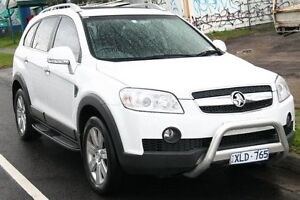 2010 Holden Captiva CG MY10 LX (4x4) White 5 Speed Automatic Wagon Briar Hill Banyule Area Preview