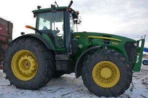 John Deere 7930 MFWD loader