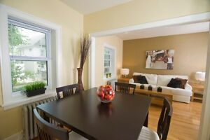 190 BALMORAL - 1 bedroom w/ dining room Available Aug 1st