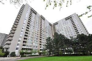 2 + 1 Bed Unit Located In The Heart Of Mississauga For Sale