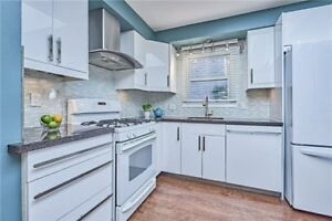 WHITBY DETACHED UPDATED 3-BEDROOM 2-BATHS HOME!