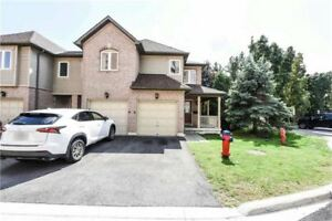 **MISSISSAUGA-Beautiful 3BR+2Washroom Corner Lot House for Sale