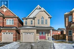 16 HEREFORDSHIRE CRES Newmarket, Ontario