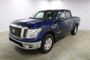 2017 Nissan Titan 4WD CREWCAB SV Accident Free,  Bluetooth,