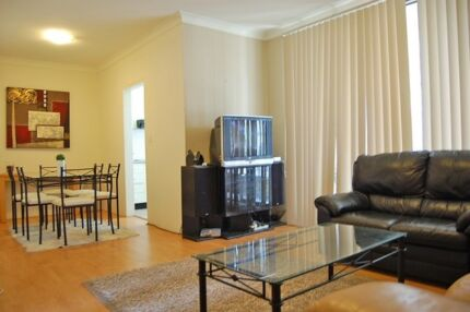 COOGEE LOVELY FURNISHED 2 BR UNIT TO LET. WiFi. VIEW NOW. 457 OK