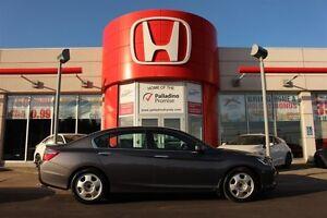 2014 Honda Accord Sedan Sport- BACKUP CAM+ HEATED SEATS+ BLUETOO