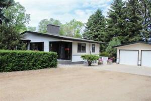 Home for Sale in Rural Strathcona County, AB (4bd 2ba/1hba)