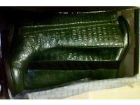 BOOTS dark bottle green
