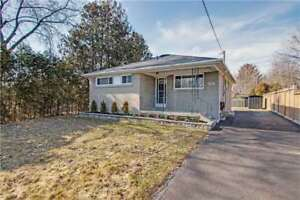 3 Bdrm Reno'd Det Bungalow In Whitby - Reno'd In 2017!!