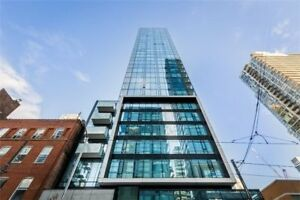 Welcome To King Charlotte In The Heart Of King West! Spacious 2