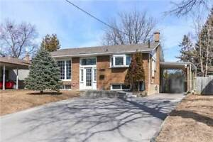 Bright 3+1, 2 Bth Bungalow On A Huge Pie Shaped Lot @ Acadia Dr