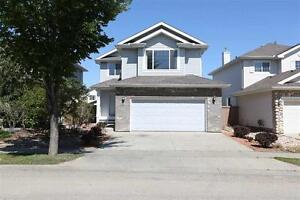 5 bedroom single house in Great community Hodgson