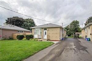 GREAT PRICE!!! 3BED  DETACHED ALL BRICK BUNGALOW IN WHITBY!!!!!