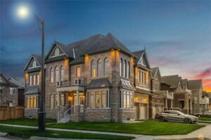 Excellent 4bedroom Detached House in Vaughan for ONLY $1,330,000
