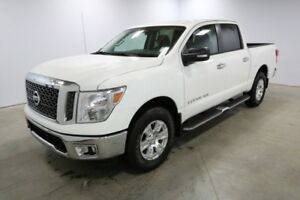 2018 Nissan Titan 4X4 SV CREW CAB Bluetooth, Back up cam, Sirius