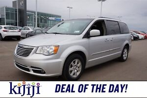 2012 Chrysler Town & Country TOURING Navigation (GPS),  Sunroof,