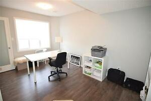 Chic and Modern, END Unit Townhouse w Great View! Edmonton Edmonton Area image 10