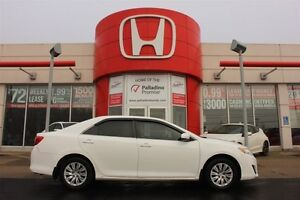 2012 Toyota Camry LE- BLUETOOTH+ TOUCH SCREEN CONTROLS & MORE!