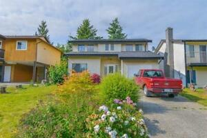FOR SALE! FAMILY HOME IN CENTRAL ABBOTSFORD