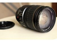 lovely canon lens in every good condition very clean and well used